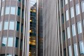 Moderne gezicht van een gebouw — Stockfoto