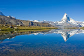 Mass tourism at the Matterhorn — Stock Photo