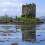 Постер, плакат: Castle stalker loch linnhe scotland