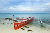 Banka traditional outrigger fishing boat — Stock Photo