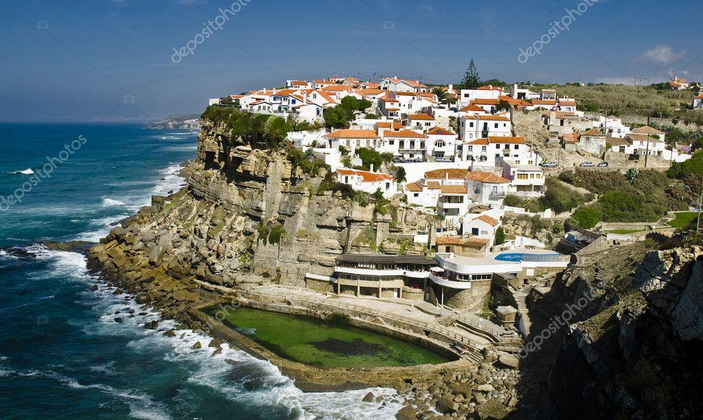 Azenhas do mar near sintra portugal stock photo for Acheter carrelage au portugal