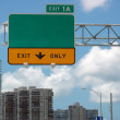 Highway sign — Stock Photo