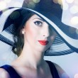 Beautiful mysterious woman — Stock Photo