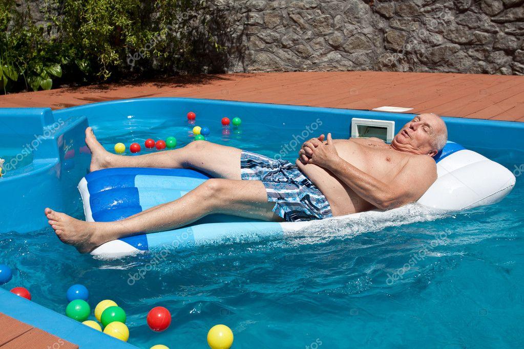 Couple having fun on camsuper hot girl 5