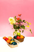 Eggs and Flowers — Stock Photo