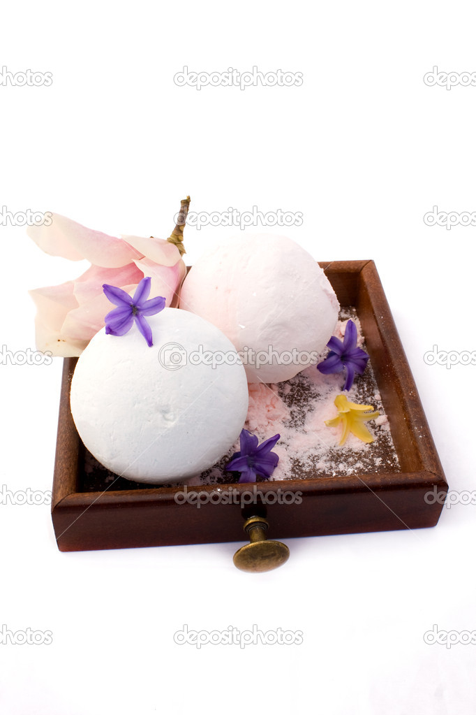 Body care - scented powder for bath - magnolia and hyacinth fragrance. — Stock Photo #2826968