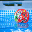 图库照片: Ball in water