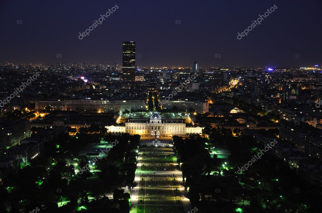 Paris at night from Eiffel tower — Stock Photo #2840635