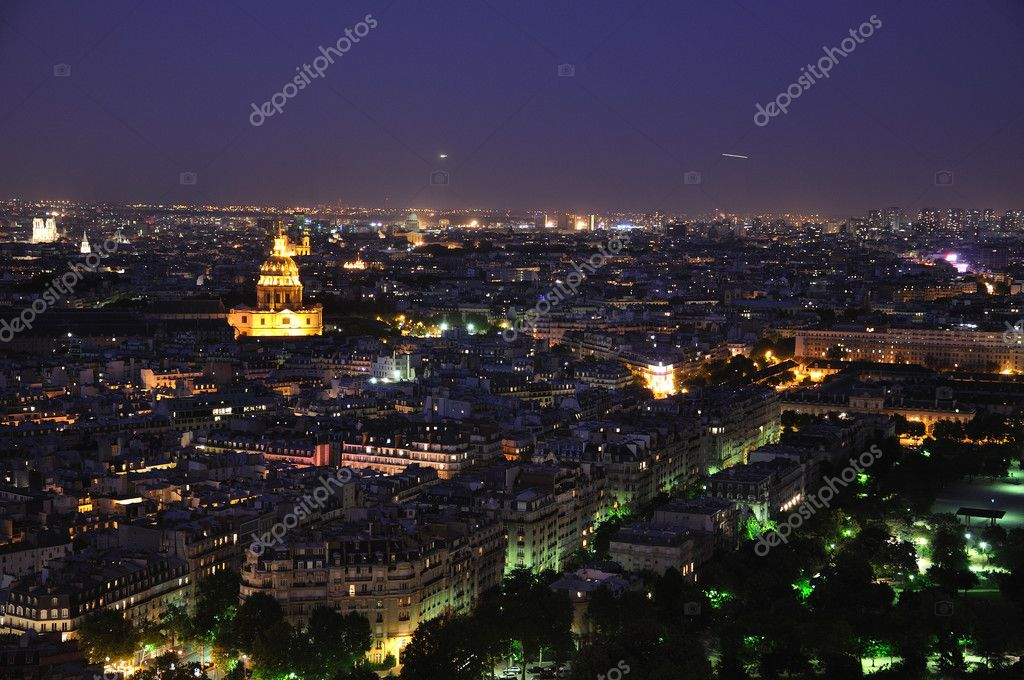 Paris at night from Eiffel tower — Stok fotoğraf #2840638