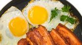 Fried egg — Stock Photo