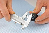 Caliper measures the detail — 图库照片