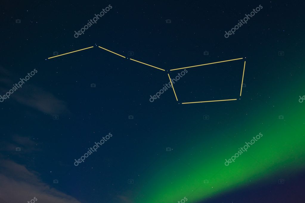 Aurora borealis and lots of stars around the constellation Big Dipper (marked). — Stock Photo #3891715