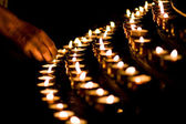 Candle light in a church — Stockfoto