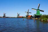 Młyny w holandii — Zdjęcie stockowe