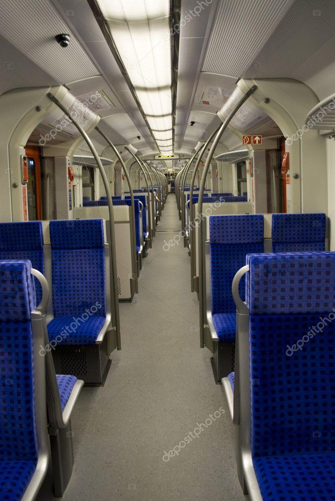 wagon de train l 39 int rieur photo 2840431. Black Bedroom Furniture Sets. Home Design Ideas