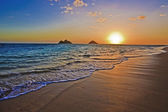 Pacific sunrise at lanikai — 图库照片