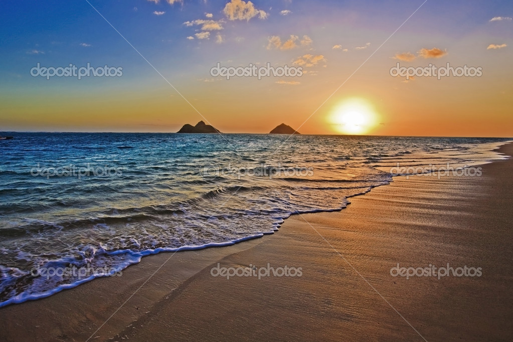 Pacific sunrise at Lanikai beach, Hawaii  Stock Photo #2863223
