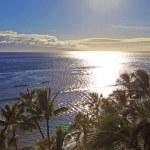 Pacific sunset at kaanapali beach — Stock Photo