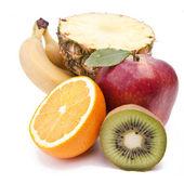 Frukter på vit — Stockfoto