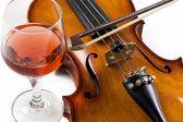 Violin and wine — Stock Photo