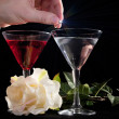 Rose and two glasses of cocktails — Stock Photo