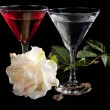 Rose and two glasses of cocktails — Stockfoto