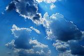 如诗如画的云是在天空中 — 图库照片