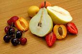 Frutas sortidas — Fotografia Stock