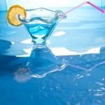 Swimming pool drink — Стоковое фото