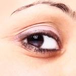schöne braune Augen — Stockfoto