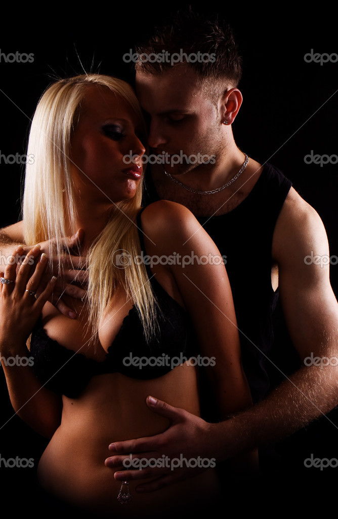 Sexy blonde girl with handsome guy  — Stock Photo #3021765