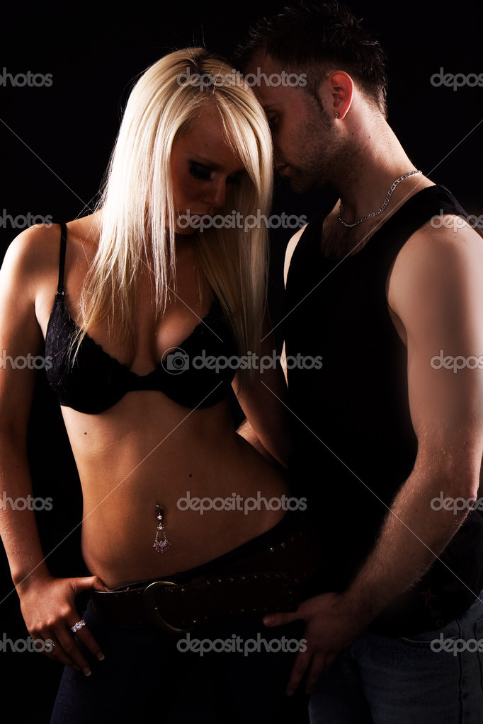 Sexy blonde girl with handsome guy  — Stock Photo #3021767