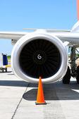 航空运输: 喷气发动机详细信息. — 图库照片