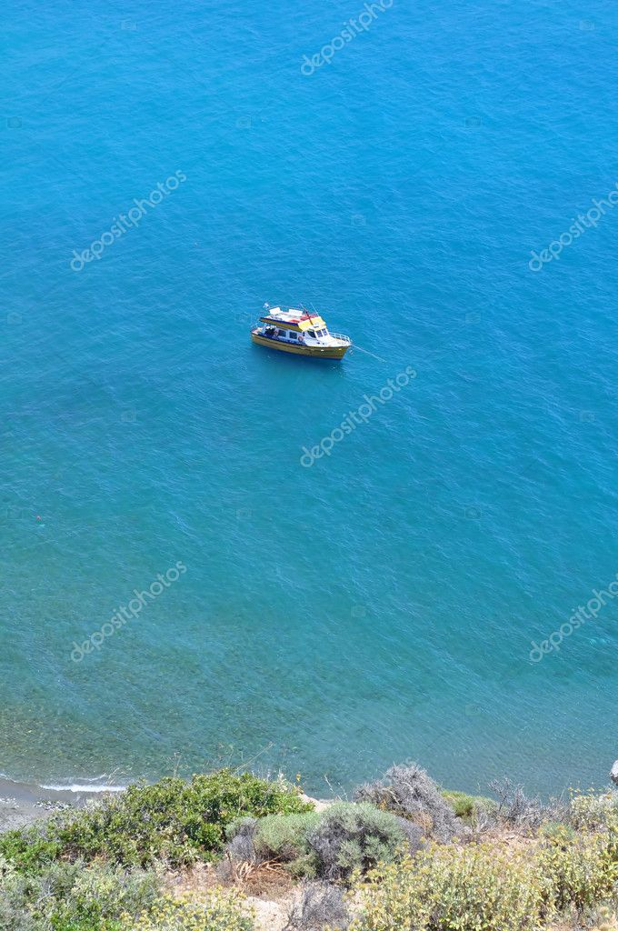 Boat in the Mediterranean Sea, Crete, Greece. — Stock Photo #2987152