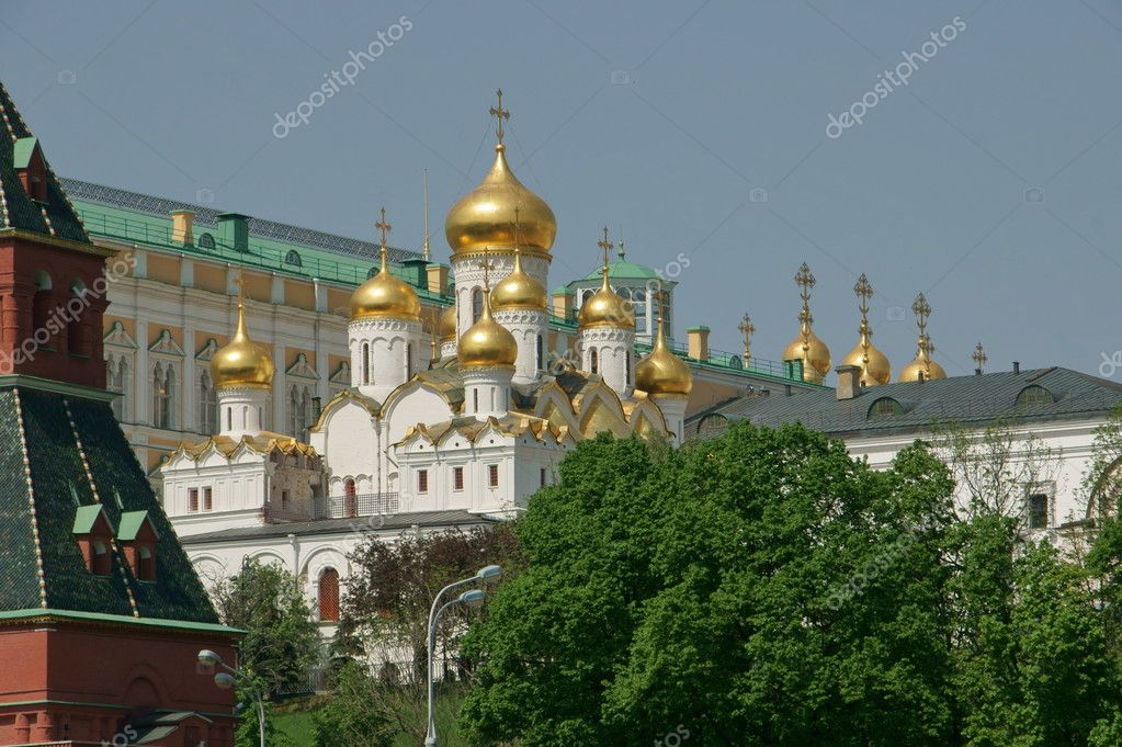 Cathedral in territory of the Moscow Kremlin — Stock Photo #3184660