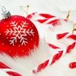 Red snow flake bauble — Stockfoto