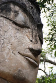Stone head of buddha — Stock Photo