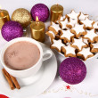 Hot chocolate and xmas cookies — Stock Photo