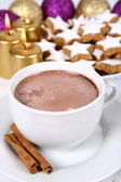 Cup of hot chocolate and christmas cookies — Stock Photo