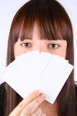 Kobieta gospodarstwa puste karty biznesowe — Zdjęcie stockowe