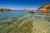 остров, пляж и лагуна — Стоковое фото