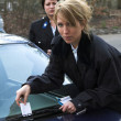 Giving a ticket — Stock Photo