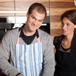 Couple in the kitchen — Stockfoto