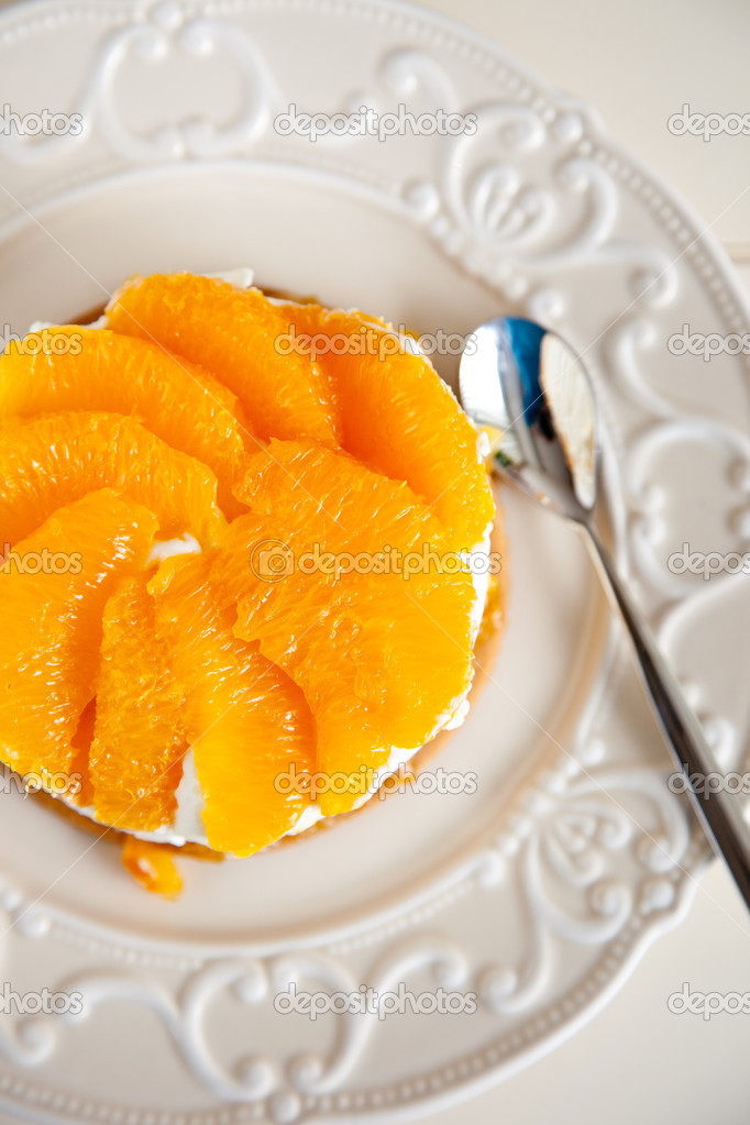 Delicious orange tian with fresh oranges — Stock Photo #2955085