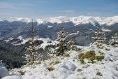 White tops of a mountain ridge. — Stock Photo