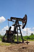 Obrabiarki do odzysku ropy naftowej. — Zdjęcie stockowe