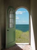 Arched Doorway to Beach — Stock Photo