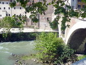 Tiber Island and The Pons Fabricius — Stock Photo