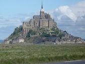 The rocky tidal island Mont-Saint-Michel — Stock Photo