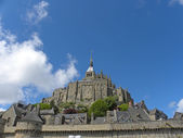 Rocky tidal island Mont-Saint-Michel — Stock Photo